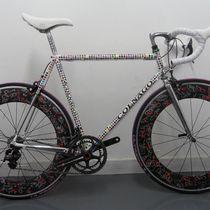 潮流單車之最! Colnago 藝術單車索價 $850,000