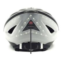 自從IOT的興起,生活都離不開科技。港初創研智能單車頭盔登《時代》封面...